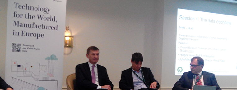 FEM speaks with Commissioner Ansip about the data economy